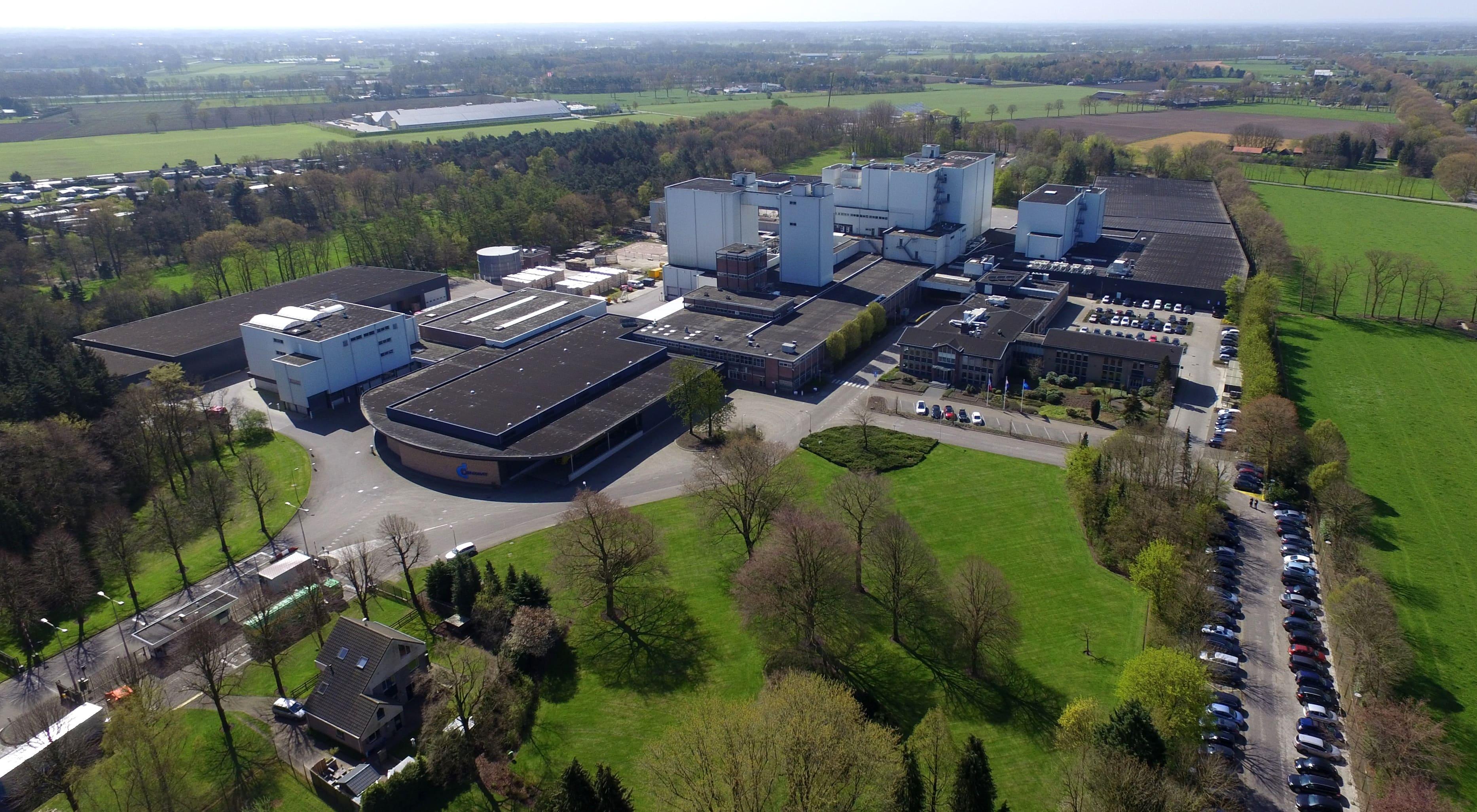 Kone referentie denkavit fabriek voorthuizen for Topdeuren barneveld